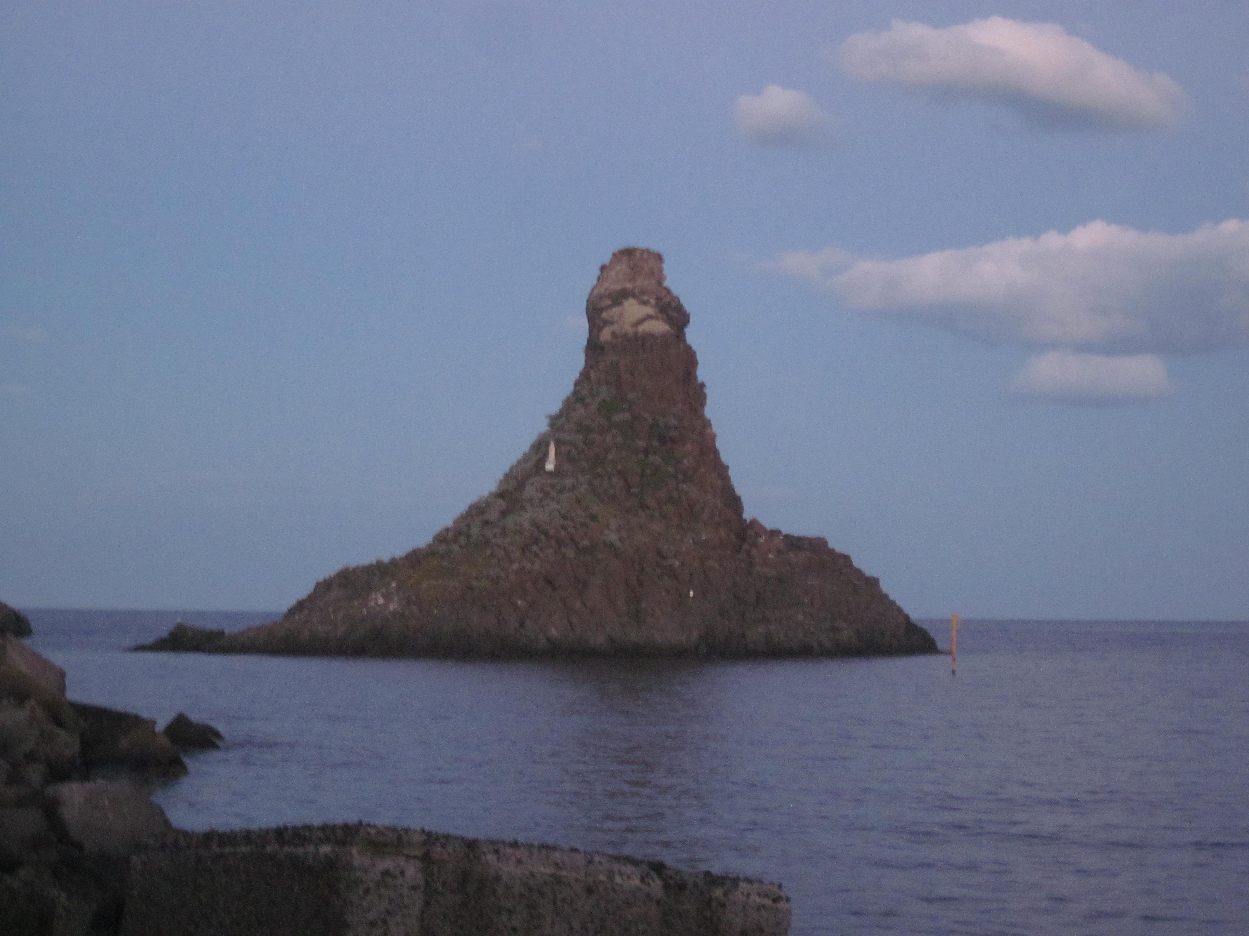 Zyklopenküste in Aci Trezza, Heidrun adriana Bomke